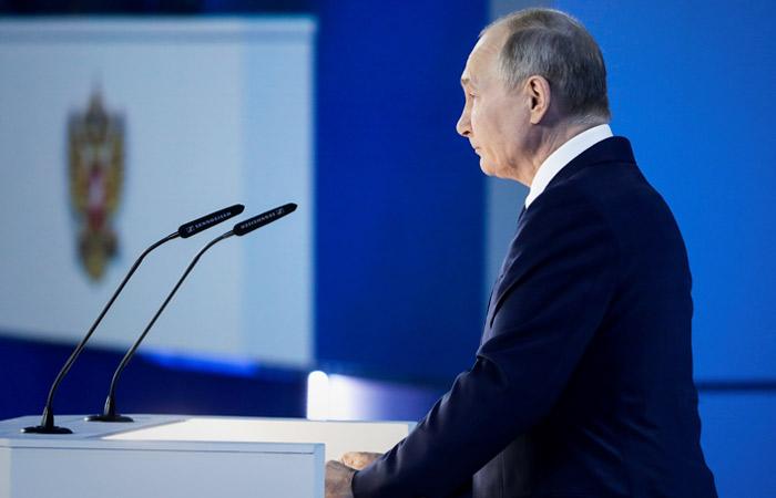 Путин поручил обеспечить подготовку тестов в случае новой пандемии за четыре дня