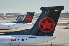 Канада приостанавливает полеты из Индии и Пакистана из-за COVID-19