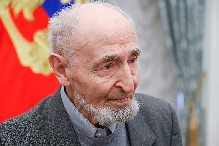 "Мультипликатор Леонид Шварцман удостоен спецприза ""Ники"""