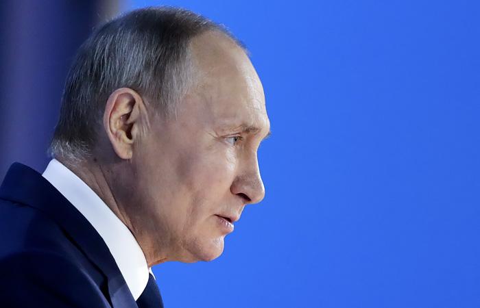 "Путин напомнил парламентариям об опасности ""дешевого популизма"""