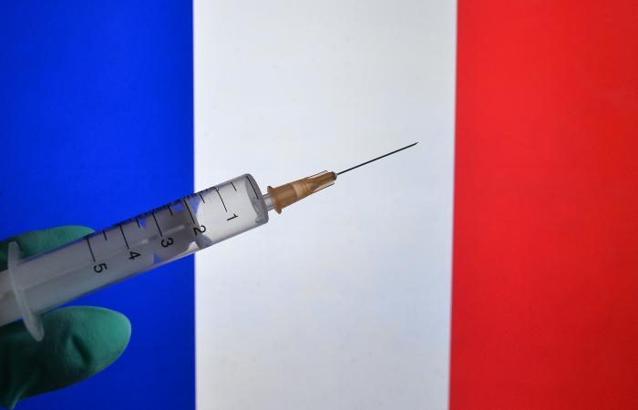 Во Франции выявили первые случаи заражения индийским штаммом COVID-19