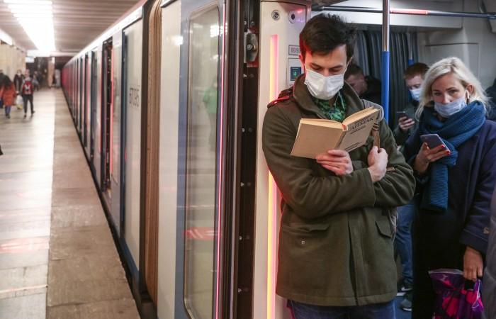 В Москве прирост случаев COVID-19 за сутки снова превысил три тысячи