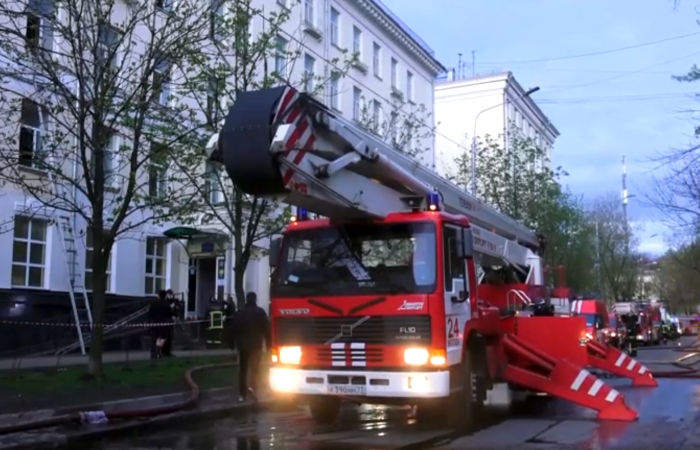 Названа основная версия пожара в гостинице на юго-востоке Москвы