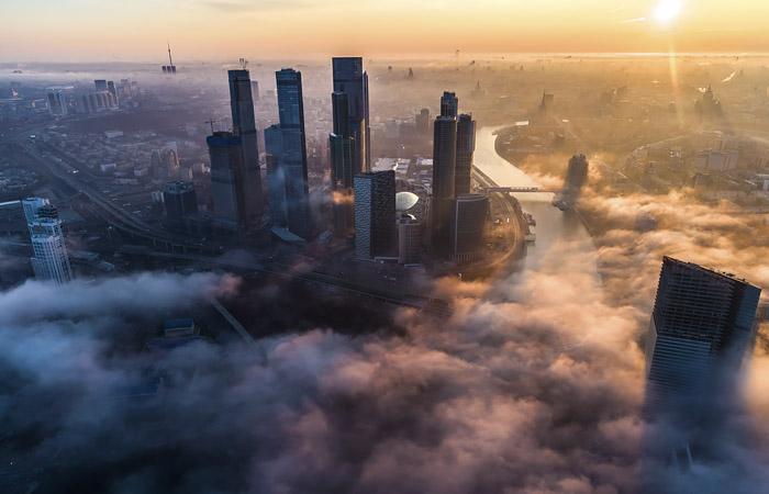 Москва и Петербург вошли в топ-10 городов по росту цен на элитное жилье