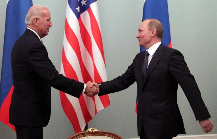 Экс-чиновники из США назвали возможные места встречи Путина и Байдена