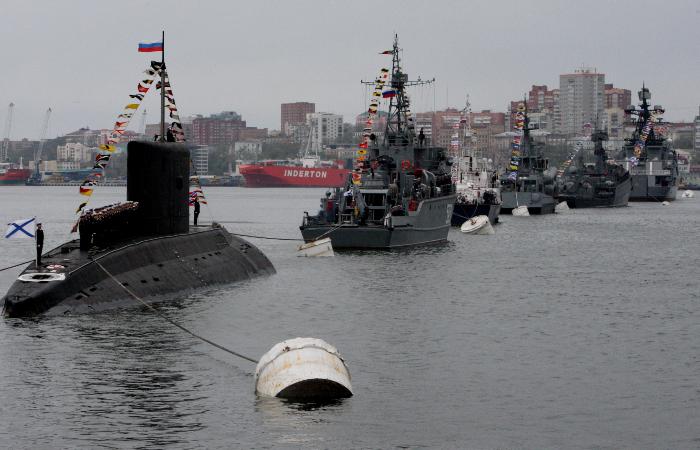 Более 1,2 тыс. военных ТОФ участвовали в параде Победы во Владивостоке