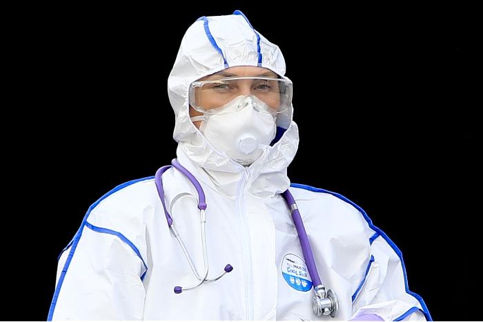 В России за сутки выявлено более 8,4 тыс. случаев коронавируса