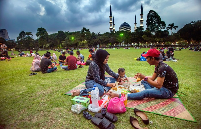 Малайзия с 12 мая введет локдаун почти на месяц