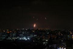 Израиль сообщил о продолжающихся 10 часов пусках ракет из сектора Газа