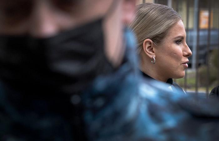 Суд взыскал с Соболь 1 млн рублей по двум искам Пригожина