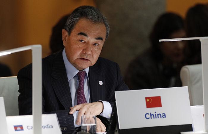 МИД КНР раскритиковал вывод войск США из Афганистана