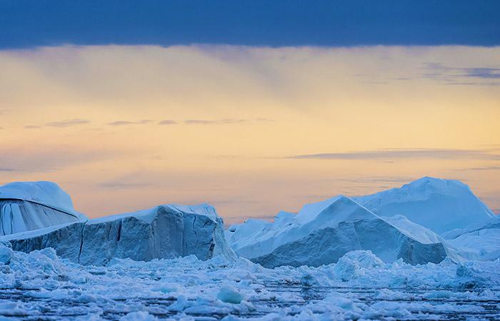 Лавров заявил, что Арктика - территория РФ и она там работает легитимно