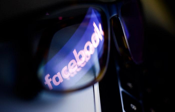 Компании Facebook грозят штрафы на 56 млн рублей за неудаление контента