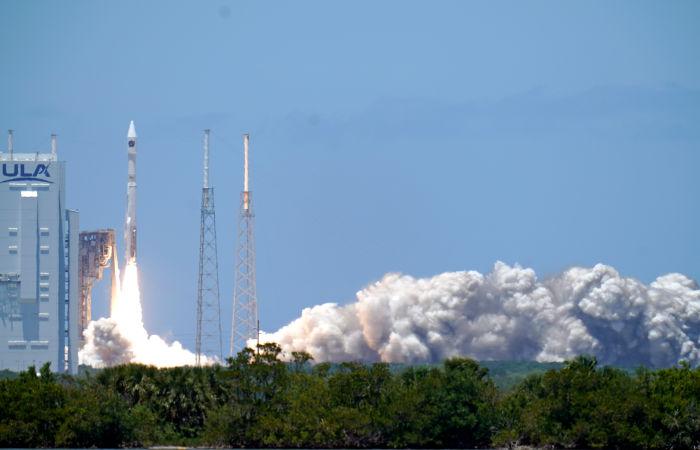 США запустили на орбиту спутник системы предупреждения о ракетном нападении