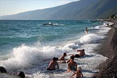 Абхазия упростила правила пересечения границы российскими туристами