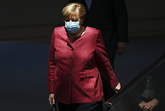 """Меркель сочла, что США пошли Германии навстречу по """"Северному потоку 2"""""""