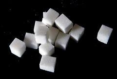 Кабмин не намерен делать долгосрочной квоту на беспошлинный ввоз сахара