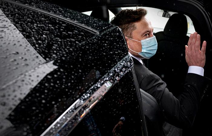 """Илон Маск заявил, что Tesla """"близка"""" к присутствию в России"""