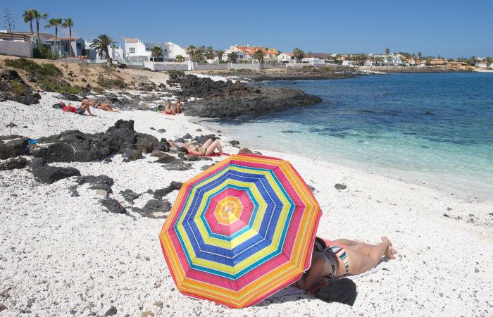 Испания отменит ограничения для британских и японских путешественников