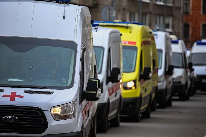В России с начала пандемии зафиксировано более 5 млн случаев COVID-19