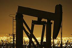 Цены на нефть выросли на 1,7% на новостях о шторме в Атлантике
