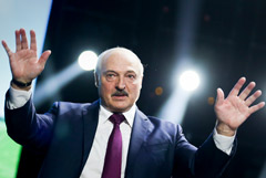 Лукашенко заявил, что экипаж Ryanair сам несколько часов не хотел улетать из Минска