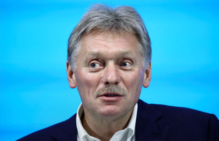 Песков назвал экстраординарной ситуацию с перелетами в Россию