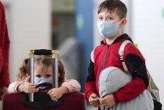 Правительство одобрило поправки в законопроект о выезде детей за границу