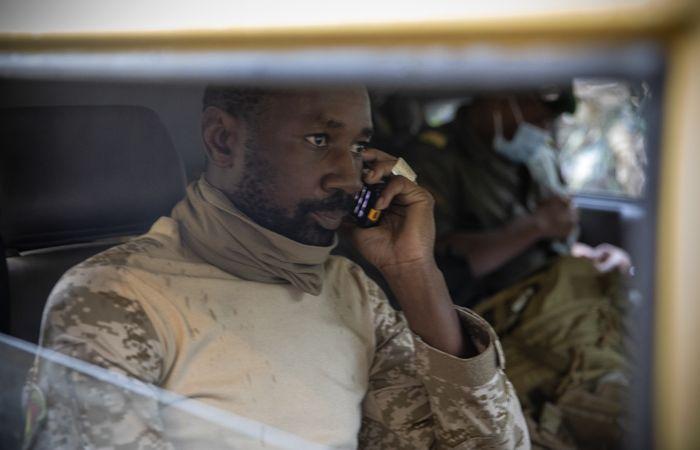 Полковник Гоиту стал временным президентом Мали
