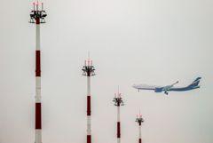 РФ продлевает ограничение полетов в Турцию и восстанавливает рейсы в Лондон