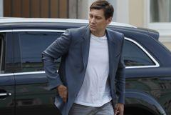К политику Дмитрию Гудкову пришли с обыском