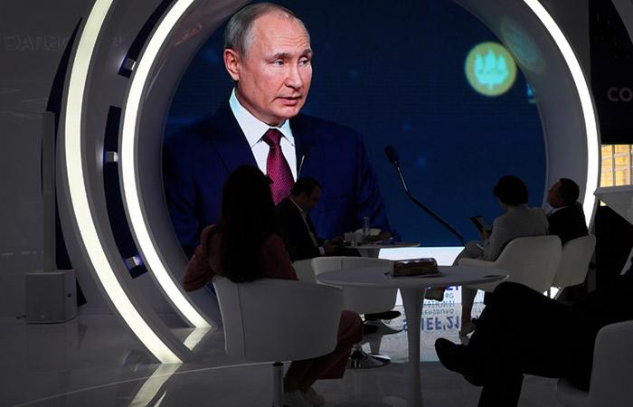 """Путин назвал две """"наиболее актуальные"""" проблемы российской экономики"""