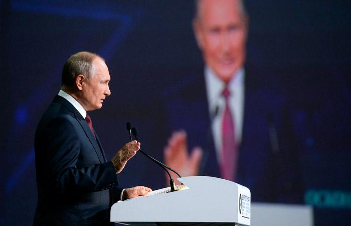 Путин напомнил Украине о минусах монополии в контексте цен на транзит газа