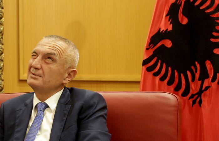 Парламент Албании объявил импичмент президенту страны