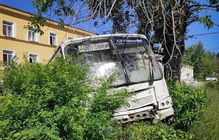Пять пострадавших в ДТП в Свердловской области в тяжелом состоянии