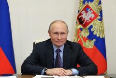 Владимир Путин сравнил Джо Байдена и Дональда Трампа