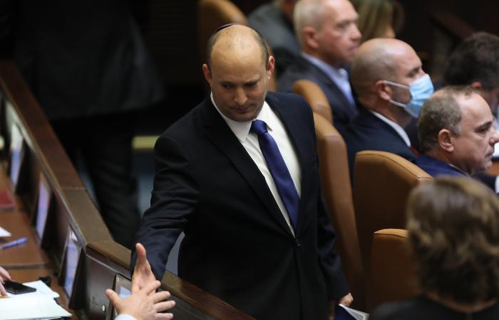 Коалиционное правительство Израиля возглавил Нафтали Беннет