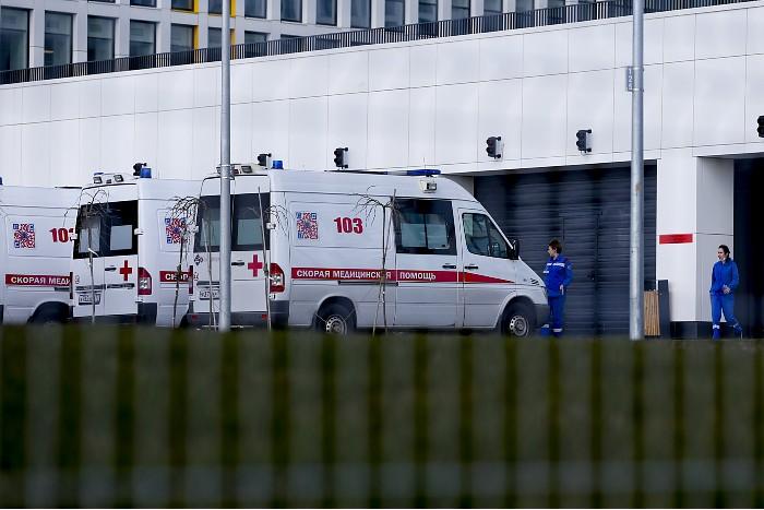 В больнице в Коммунарке на ИВЛ оказалось пациентов больше, чем когда-либо ранее