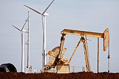 Нефть подорожала на данных о резком сокращении запасов в США