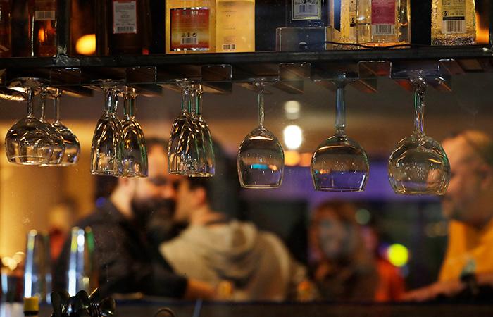 Еще несколько кафе в Москве могут закрыть на 90 суток за работу ночью