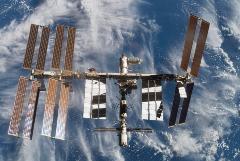 Астронавты на МКС не смогли развернуть новую солнечную панель