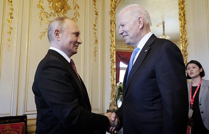 Путин и Байден прибыли на женевскую виллу Ла Гранж