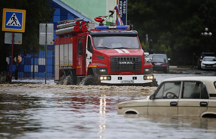 Глава Крыма попросит Путина о помощи в ликвидации последствий потопа