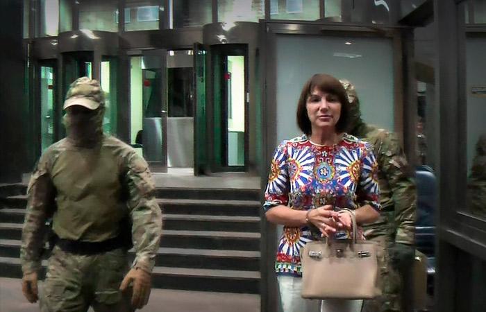 Сотрудница АЛРОСА, укравшая алмазы на 700 млн рублей, получила 9 лет