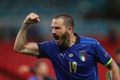 Италия обыграла Австрию и вышла в 1/4 финала Евро-2020