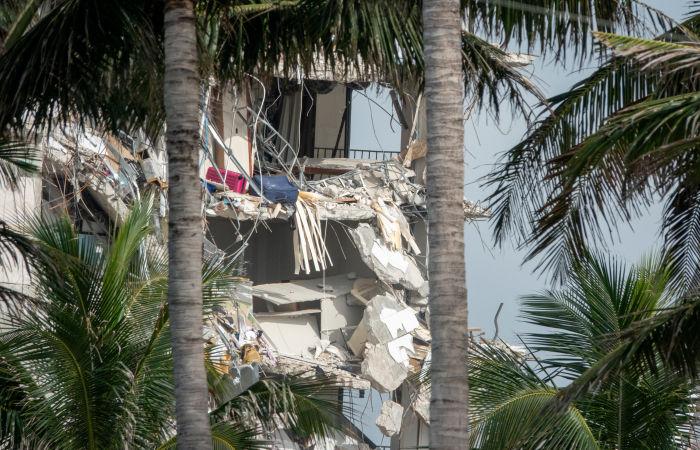 Число жертв при обрушении здания во Флориде выросло до пяти