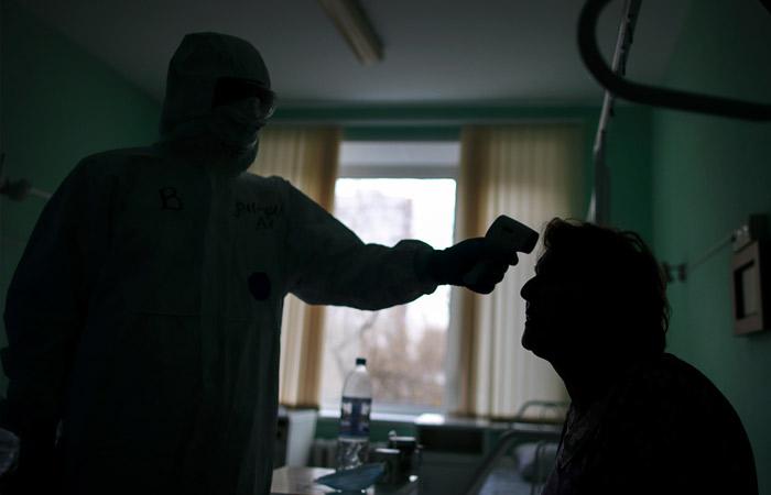 Минздрав уточнил, что непривитым не будут отказывать в плановой госпитализации