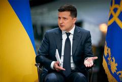 Зеленский отказался признать украинцев и россиян одним народом