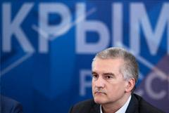 Аксенов счел, что власти Украины потеряли надежду вернуть Крым