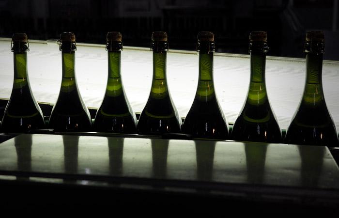 Комитет вин Шампани выразил недовольство новыми требованиями о маркировке в РФ